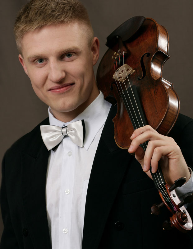 His first violin lessons were with his father, Jan Dondalski. Aged seven, he started to learn piano with Prof. - MAX-DONDALSKI-big